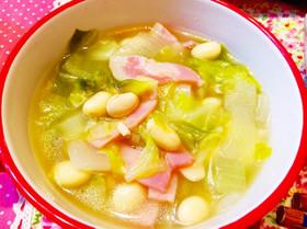 春キャベツと新玉ねぎの簡単コンソメスープ