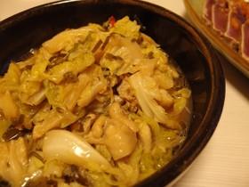 春キャベツと鶏皮の塩昆布酒蒸し煮