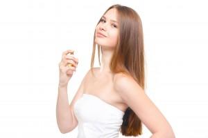 香水と女性