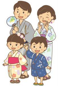浴衣を着た家族
