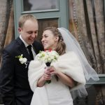 友人の結婚式を欠席する場合招待状の返信やご祝儀はどうする?